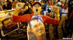 BBC Brasil - Notícias - Hugo Chávez é reeleito e pode governar ...