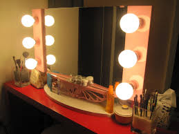 gorgeous lighted vanity mirror ideas