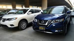 nissan rogue gas tank size 2016 2017 nissan rogue vs 2016 nissan rogue in depth comparison youtube
