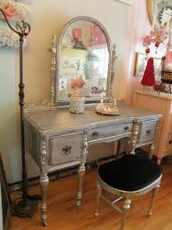 Vanity Dresser Bedroom Fabulous Bedroom Vanity Dresser Installed At Contemporary