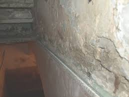 Bedroom Wall Gets Wet How To Spot And Control Condensation And Mould Growth