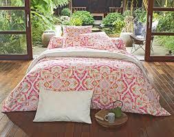 idee deco oriental linge de lit motif oriental lingedelit evasion becquet rêve d