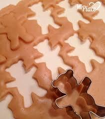 Как испечь печенье «медвежата» с миндалём?