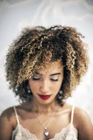 103 best crespas e cacheadas images on pinterest hairstyles