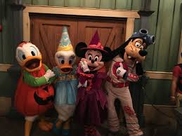 mickeys not so scary halloween party 2017 mickey u0027s not so scary halloween party 2016 photo report