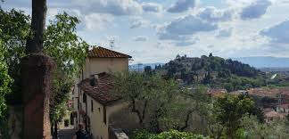 10 small towns near florence