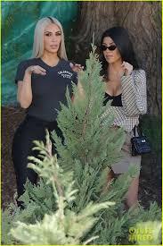 kim u0026 kourtney kardashian are already christmas tree shopping
