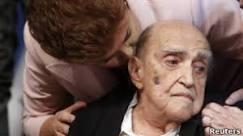 Jornais do mundo destacam morte de Niemeyer, 'gigante' e 'poeta ...