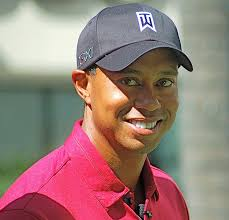 Elin Nordegren se confie sur son divorce avec <b>Tiger Woods</b>. - 626px-TigerWoodsOct2011