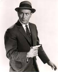 Most historians who have seen it tend to prefer Brian Keith     s Mike in a      pilot film that didn     t sell  But for this series  Darren McGavin was awarded