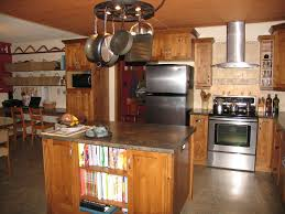 Kitchen Design Traditional by Bathroom Traditional Kitchen Design With Oak Kitchen Cabinets And