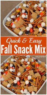 Easy Treats For Halloween Party by Best 25 Fall Snacks Ideas On Pinterest Fall Treats Caramel