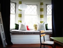modern bay window styling ideas