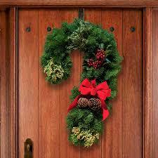 15 stunning christmas door decoration ideas christmas celebrations
