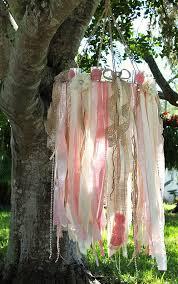 Shabby Chic Wedding Reception Ideas by Best 25 Chandelier Wedding Decor Ideas On Pinterest Chandelier