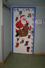 amazing 90 christmas office door decorations inspiration design