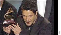 Alejandro Sanz é o grande vencedor do Grammy Latino | BBC Brasil ...