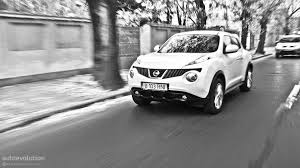 nissan juke white and red nissan juke review autoevolution