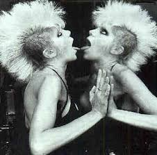 Wendy O' Williams Images?q=tbn:ANd9GcS57vCNDxMjYpZKYsBHV3hlCtGzBND-cmXNQunTWPAMFarwYJnY&t=1