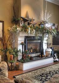 Homes With Christmas Decorations by Best 20 Christmas Fireplace Mantels Ideas On Pinterest Decorate