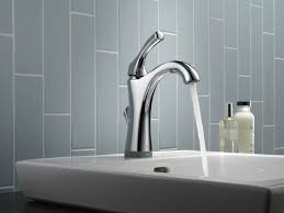 interior delta hands free faucet 9192t sssd dst delta touch