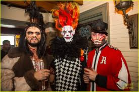 pre halloween party the vamps go all out for halloween at just jared u0027s freak show