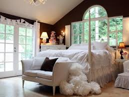 bedroom decor ideas on a budget decorating ideas for bedrooms bedroom decor ideas on a budget budget bedroom designs bedrooms amp bedroom decorating ideas hgtv best