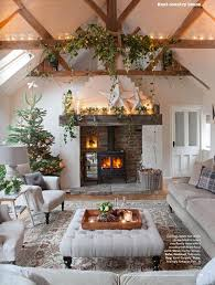 Christmas Home Decorations Pictures Best 25 Christmas Living Rooms Ideas On Pinterest Ornaments For