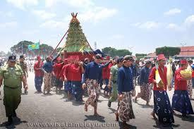 Keragaman Upacara Adat Indonesia