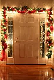 Christmas Home Decorations Pictures Best 25 Christmas Door Ideas On Pinterest Xmas Diy Xmas