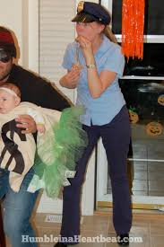 Group Family Halloween Costumes by Family Halloween Costume Idea Robbing The Bank Humble In A