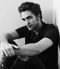 Robert Pattinson �lu lhomme le plus sexy au monde !