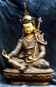 Lamaísmo o Budismo tibetano. Images?q=tbn:ANd9GcSFnGFoqngy689qMbHZ_9uVkB9o8FJO85nQfaKQAJPRADibKtDU