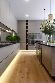 Kitchen Tv Under Cabinet by Best 25 Under Cupboard Lighting Ideas On Pinterest Under