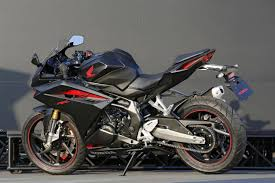 honda cbr bike 150 price honda cbr250rr easily exceeds 100 mph in early tests
