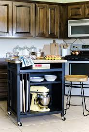 Portable Islands For Kitchens Best 25 Rolling Kitchen Island Ideas On Pinterest Rolling