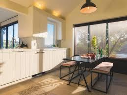 Kitchen Island Chair by Kitchen Island Dining Room Table Mirrored Door Glass Backsplash