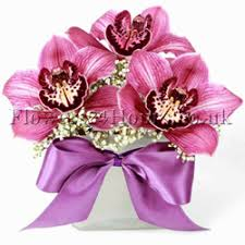 Flowers Delivered Uk - uk flowers delivery company flowers24hours arranges this season u0027s