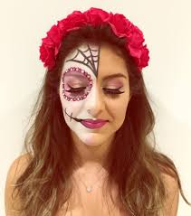 Halloween Barbie Makeup by 66 Halloween Makeup Ideas That Can Totally Creep You Out And Make