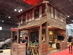 twitter s log cabin lunch room business insider