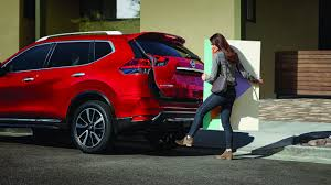 nissan rogue quarter mile nissan rogue dethrones toyota camry for top selling non pickup
