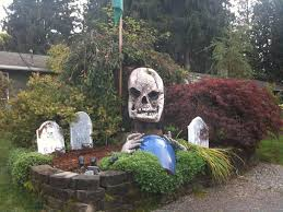 large halloween display stolen from family u0027s front yard lynnwood
