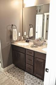 Living Room Colors With Brown Furniture Best 20 Brown Bathroom Ideas On Pinterest Brown Bathroom Paint