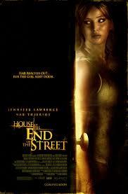 La casa al final de la calle (2012)