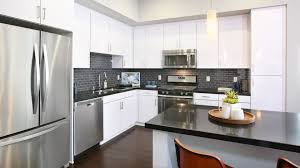 Kitchen Cabinets Culver City Altitude Apartments In West Los Angeles 5900 Center Dr
