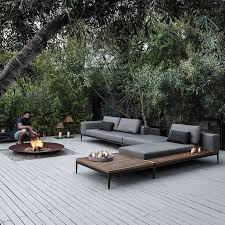 Modern Outdoor Sofa by Best 25 Outdoor Lounge Ideas On Pinterest Outdoor Furniture