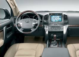 Toyota Land Cruiser - Cockpit