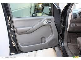 nissan altima 2005 door panel removal frontier door u0026 2004 nissan frontier xe v6 4x4 5 speed manual