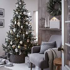 Christmas Home Decorations Pictures Best 25 Christmas Tree Decorations Ideas On Pinterest Christmas