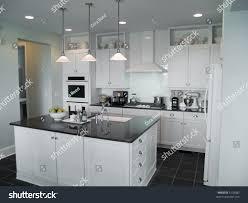 kitchen center island best 20 kitchen island table ideas on